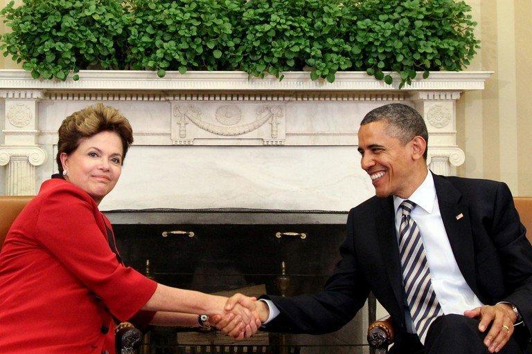 Mauricio Santoro Rocha, Tercer Becario PNK 2011-2012, citado por The New York Times sobre Brasil