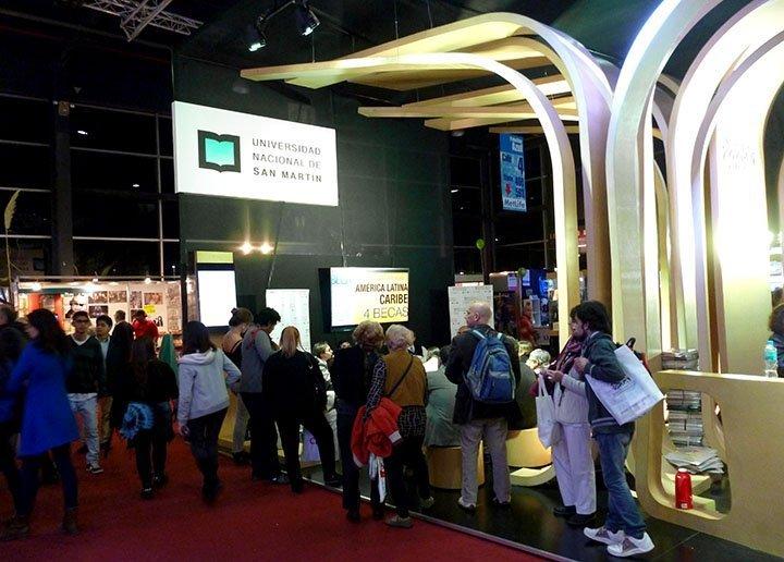 Directores y jurados de la Beca PNK hablan de los desafíos de la Convocatoria 2015-2016 en la Feria Internacional del Libro de Buenos Aires
